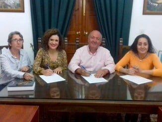 Firma del convenio para apoyar un programa de desarrollo em Boassa