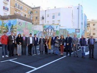 El alcalde visita los avances del proyecto de embellecimiento de la zona del antiguo Mercado del Carmen