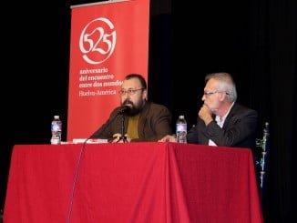 El escritor onubense Hipólito G. Navarro en el Encuentro de la Red Provincial de Clubes de Lectura