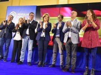 Juan Manuel González ha estado arropado por Pablo Casado y Fátima Báñez