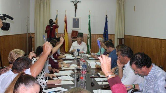 El Pleno del Ayuntamiento de Palos ha aprobado por unanimidad reducir el IBI un 5%
