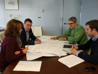 El director y el gerente de Giahsa con el alcalde de Higuera de la Sierra y la teniente de alcalde de Aracena
