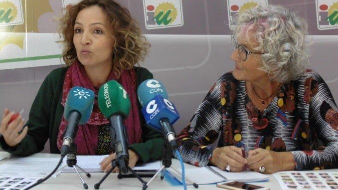 Silvia Zambrano y Pepa Beiras (IU)