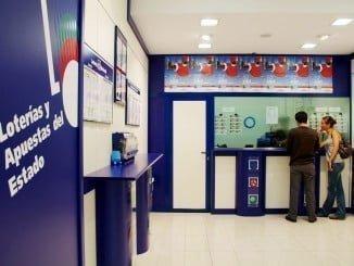 El boleto premiado fue sellado en una Administración de Loterías de la capital onubense