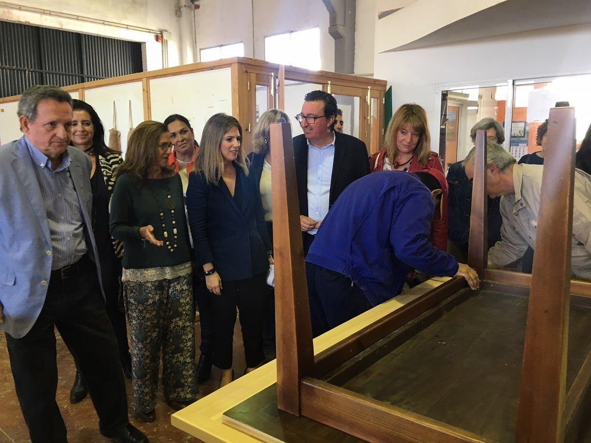La vicesecretaria de Sociedad del Bienestar del PP-A en su visita a Aspapronias