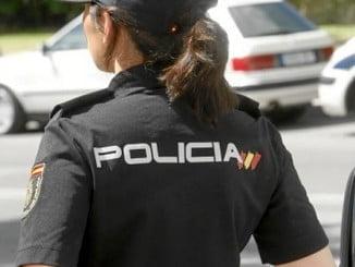 Agentes de la Policía Nacional y Local tuvieron que intervenir ante la peligrosa persecución por la calle