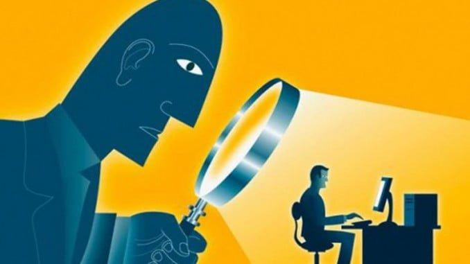 Se discute sobre los límites entre el derecho de control del empresario y el de privacidad de los empleados