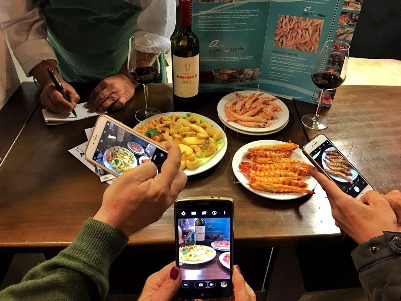 El choco y otros productos de Huelva estarán en blog gastronómicos.