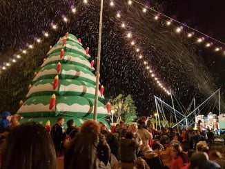 Los niños viven un Cuento de Navidad en Riotinto
