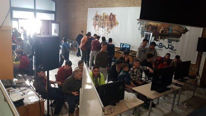 La I Feria de Videojuegos de Almonte ha contado con cinco torneos
