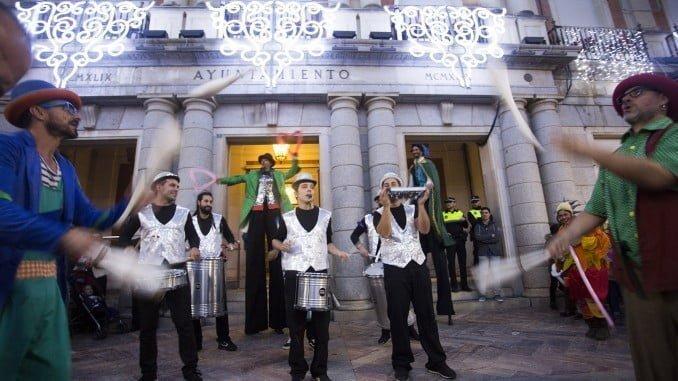 La Plaza de la Constitución acoge un nuevo concierto para animar las calles