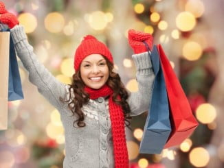 El robo de regalos y productos en los centros comerciales o establecimientos por tirones o descuidos, suele estar cubierto por el seguro multirriesgo de hogar