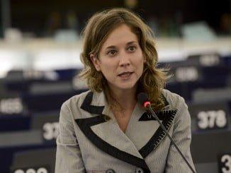 Marina Albiol ha enviado el informe del Defensor del Pueblo sobre el proyecto de Gas de Doñana al Parlamento europeo