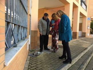 Pilar Miranda y Berta Centeno han visitado la barriada de Nueva Huelva