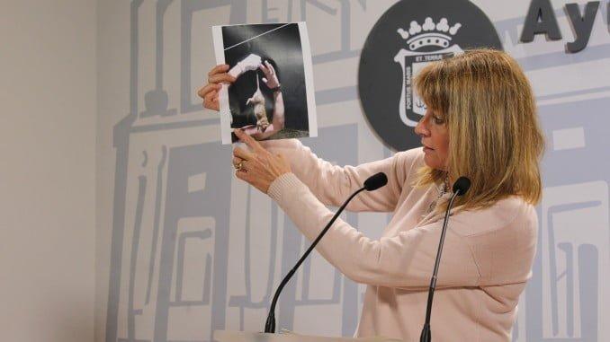"""Pilar Miranda denuncia el """"abandono"""" de las viviendas del Parque Moret por parte del Ayuntamiento"""