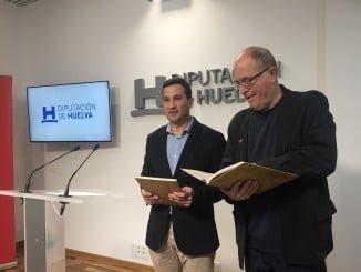 Ezequiel Ruiz y Franco Javier de Pablos presentan la edición fascimilar del Privilegio de Villa de Cortelazor