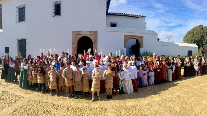 Representación de la gesta colombina por los alumnos del colegio Tres Carabelas de Huelva