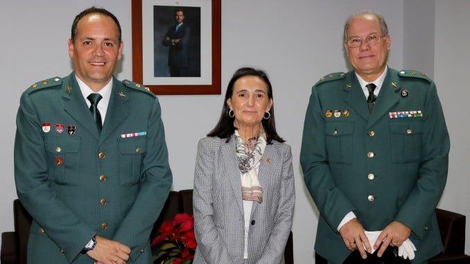 Asunción Grávalos junto a los tenientes coroneles Jorge Fajardo y Tomás Argüello