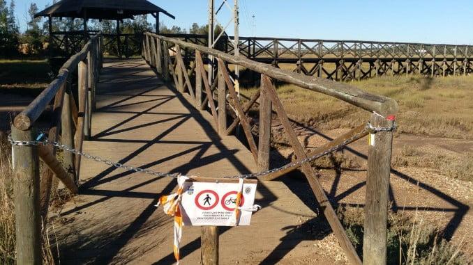 Estado de las pasarelas peatonales de Aljaraque