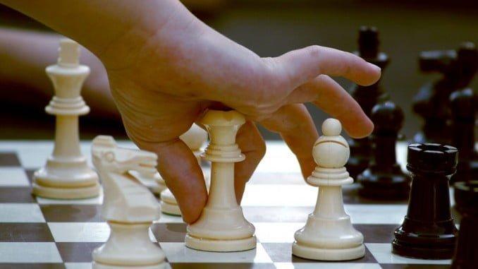 Las aulas descubren los beneficios de la práctica y enseñanza del ajedrez en el ámbito educativo