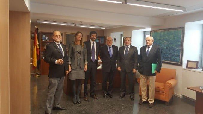 López-Asenjo, junto con el director del Instituto Español de Oceanografía, han mantenido una reunión con una delegación de la República Dominicana para avanzar en aspectos de cooperación pesquera