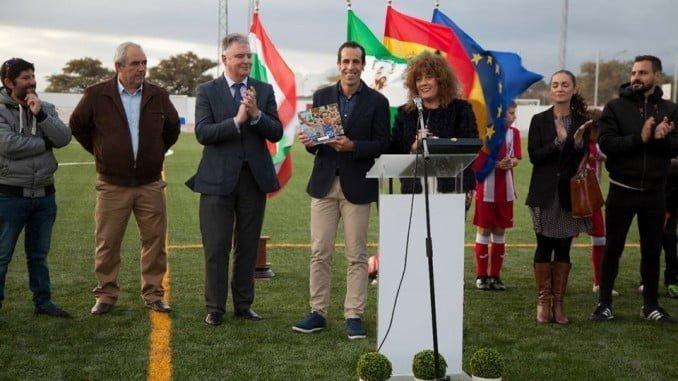 Acto de inauguración del complejo deportivo de Villanueva de los Castillejos