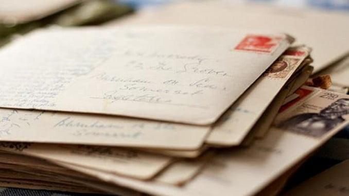 Las cartas y tarjetas postales internacionales (ordinarias y normalizadas hasta 20 gramos) se franquearán con 1,35 euros