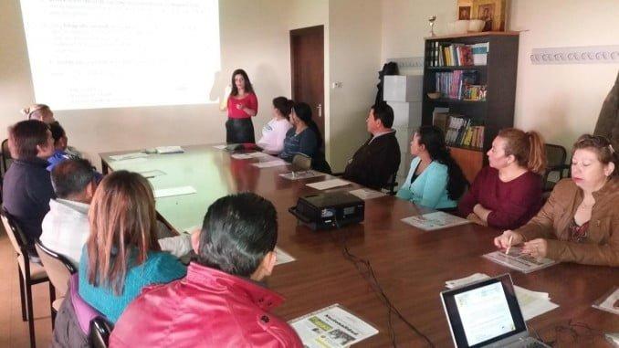 Charla impartida a inmigrantes sobre los requisitos para adquirir la nacionalidad española