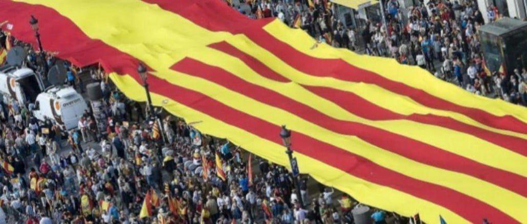 El impacto de la acontecido en Cataluña podría desacelerar el crecimiento en España en un 0,5% en 2018