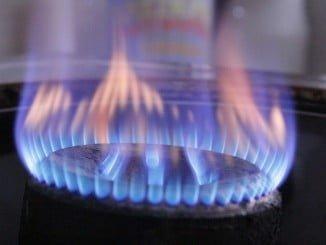 El Gobierno mantiene constantes los peajes de electricidad y gas para el 2018