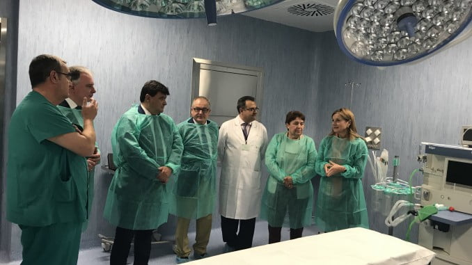 Imagen retrospectiva de la visita a los quirófanos del Infanta Elena