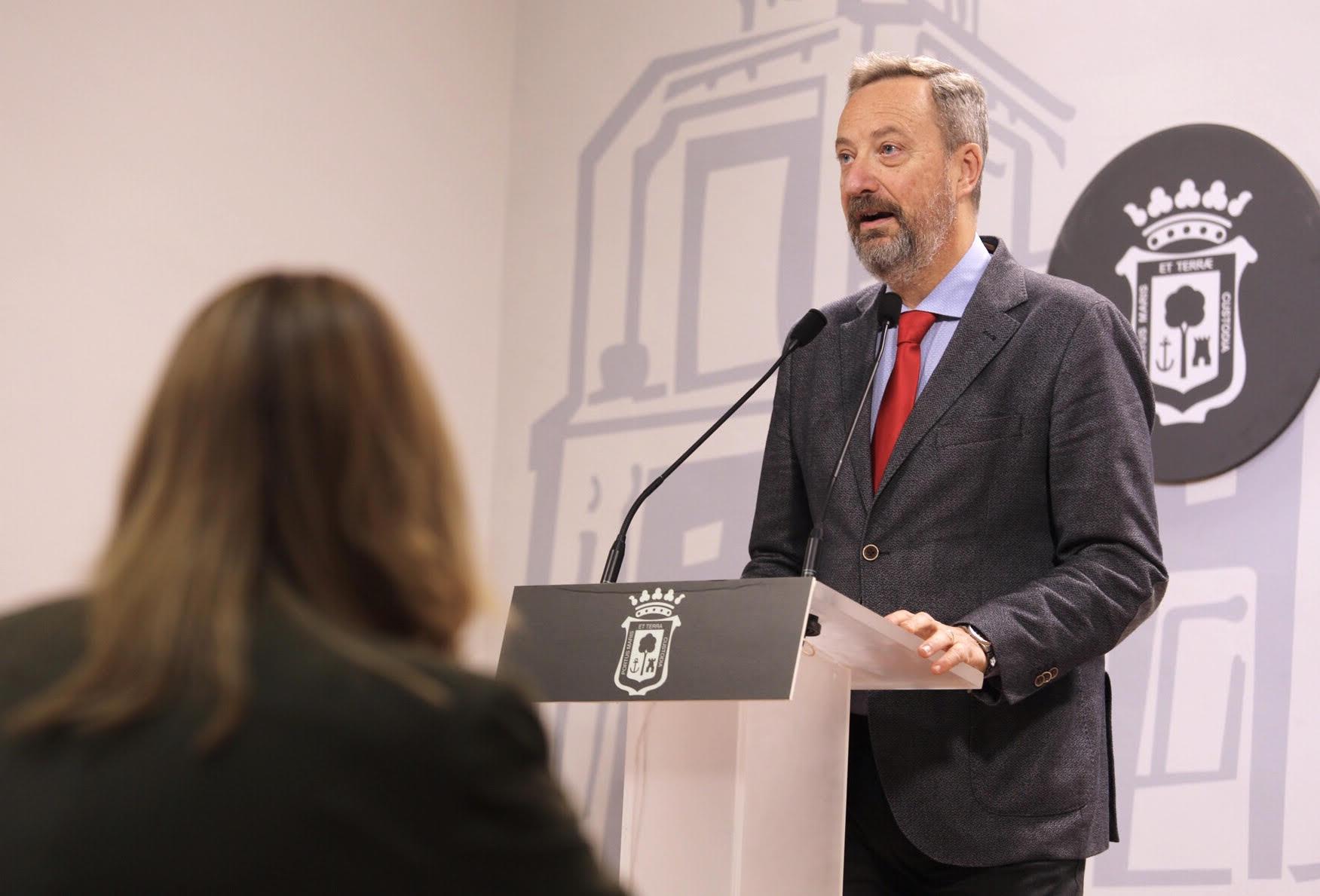 Manuel Gómez Márquez, en rueda de prensa
