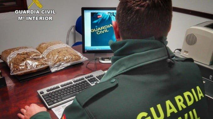 La Guardi Civil intervino el tabaco de contrabando interceptado al individuo en Paymogo