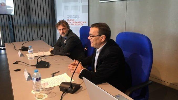 José Fiscal e Ignacio Caraballo inauguran una jornada sobre la nueva ley de urbanismo