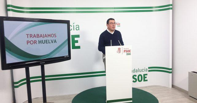 El portavoz de la Ejecutiva Provincial del PSOE de Huelva, Manuel Domínguez