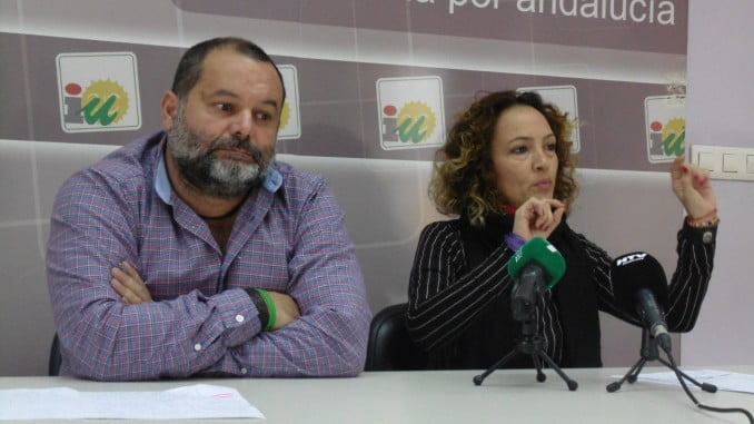 Rafael Sánchez Rufo y Silvia Zambrano en rueda de prensa ofrecida hoy
