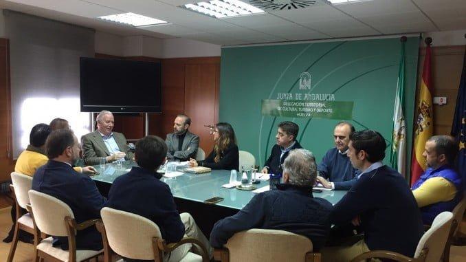 Reunión de la delegada de Cultura y Turismo con el Consejo Empresarial de Turismo de la FOE