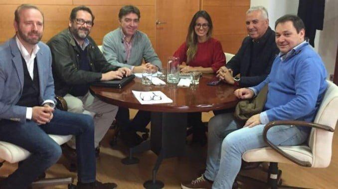 Reunión de empresarios turísticos con la delegada de Turismo en Huelva