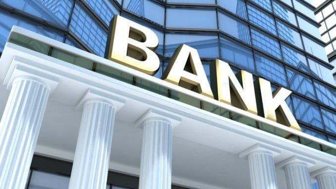 La avalancha de casos por los fraudes hipotecarios colocó a la banca en primera posición en el ranking de reclamaciones, con el 66,0%