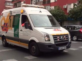 La herida ha sido trasladada al Hospital Infanta Elena