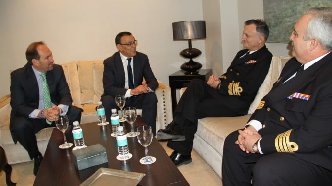 Caraballo recibe al Almirante del Juan Carlos I