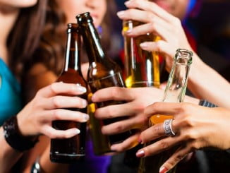 Se pide extremar las medidas de control para evitar la disponibilidad directa o indirecta del acceso de los menores a bebidas alcohólicas en espacios de ocio y entretenimiento
