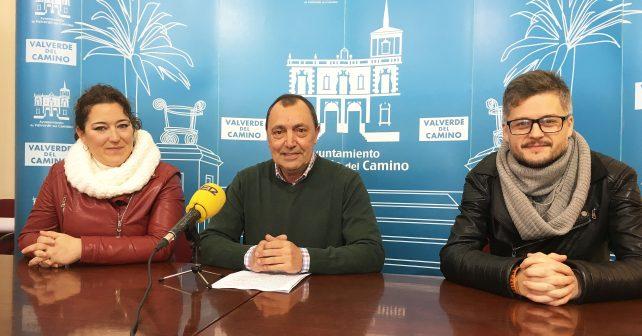 Juan Gamonoso junto a sus compañeros socialistas en el Ayuntamiento de Valverde