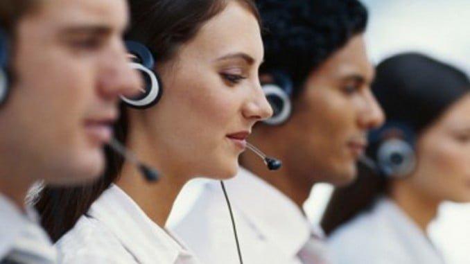 El sector servicios lidera el descenso del desempleo en Huelva