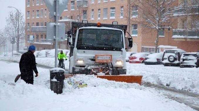 El temporal de nieve continuará en Castilla y León hasta este lunes