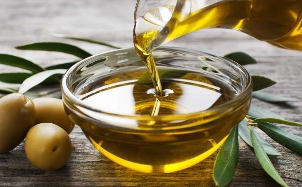 Los precios medios percibidos por litro de aceite son en estos momentos estables, según UPA