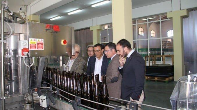 El presidente de Diputación recibió información de los proyectos de la Bodega Villalúa.
