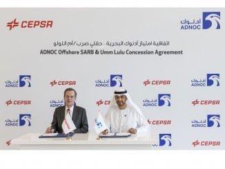 Su excelencia el Dr. Sultan Ahmed Al Jaber, Consejero Delegado del Grupo ADNOC, y Pedro Miró, Vicepresidente y Consejero Delegado de Cepsa.