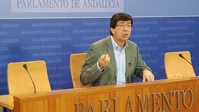 El presidente del grupo parlamentario, y portavoz de Ciudadanos en Andalucía, Juan Marín