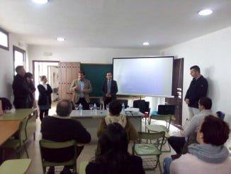 El alcalde de Jabugo en la presentación de las ayudas para la creación de empresas de autónomos